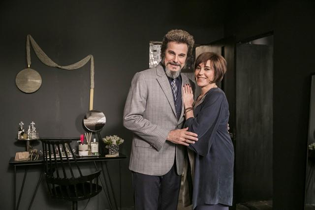 Dom Sabino (Edson Celulari) e Carmen (Christiane Torloni) em O Tempo Não Para (Foto: Globo/João Miguel Júnior)