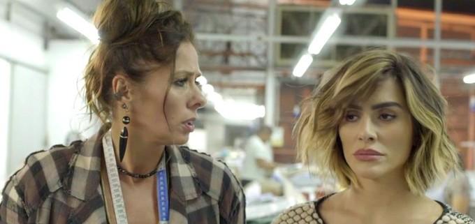 Zelda foi presa com Betina (Cleo) por trabalho escravo de costureiros estrangeiros na novela o Tempo Não Para