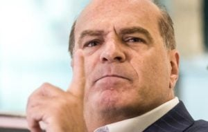 Marcelo de Carvalho resolveu detonar a Globo (Foto: Reprodução)