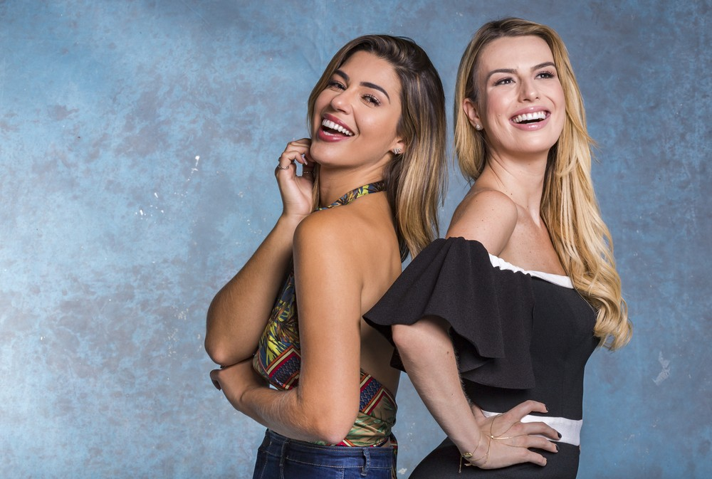 Vivian Amorim e Fernanda Keulla — Foto: TVGlobo/Paulo Belote