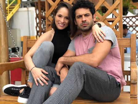 Nathalia Serra e João Baldasserini em O Tempo Não Para (Foto: Divulgação)