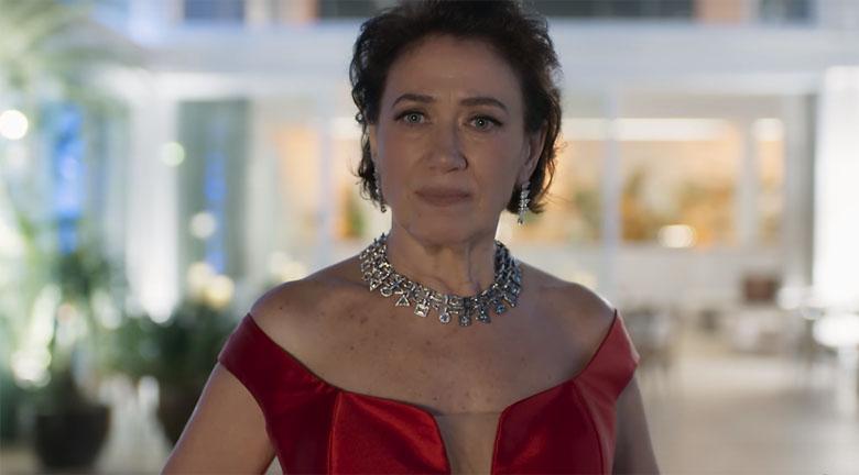 Valentina em cena de O Sétimo Guardião (Foto: Reprodução/Globo)