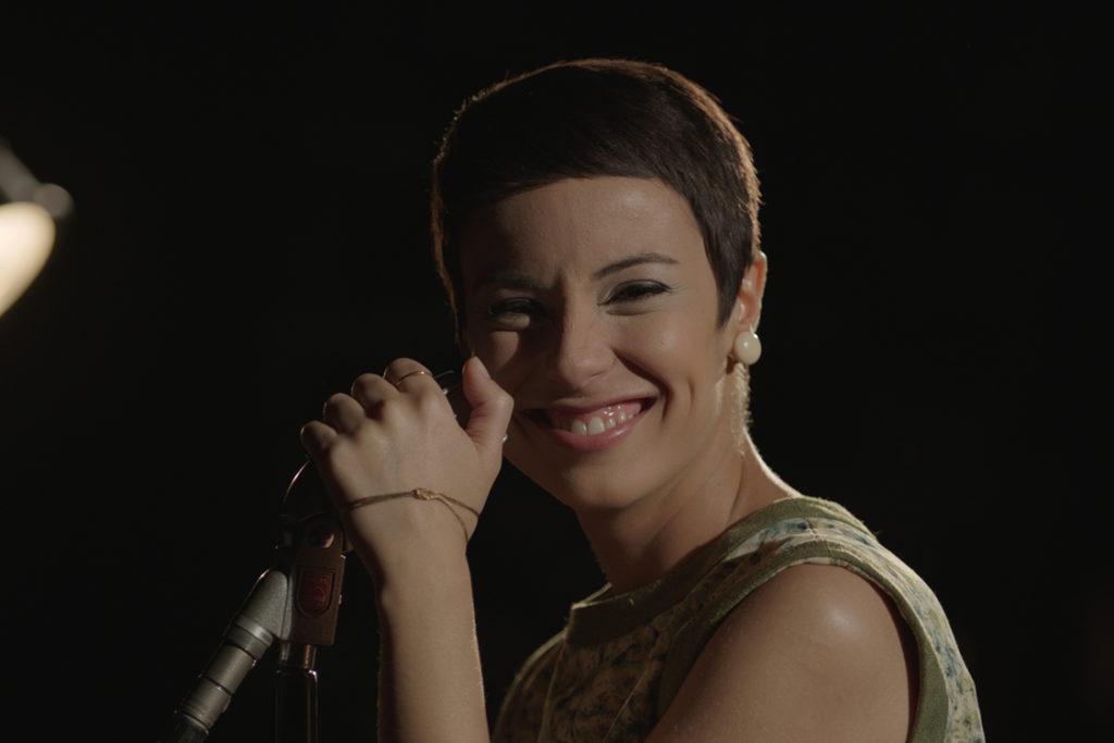 Andreia Horta como Elis Regina (Foto: Divulgação)