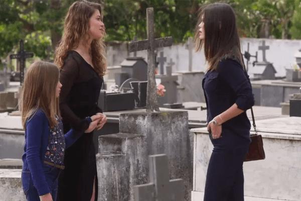 Cris e Isabel brigarão por causa de Alain em Espelho da Vida (Foto: Divulgação)