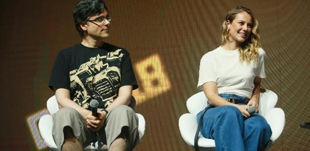 Guilherme Briggs e Paolla Oliveira na CCXP (Foto: Divulgação)
