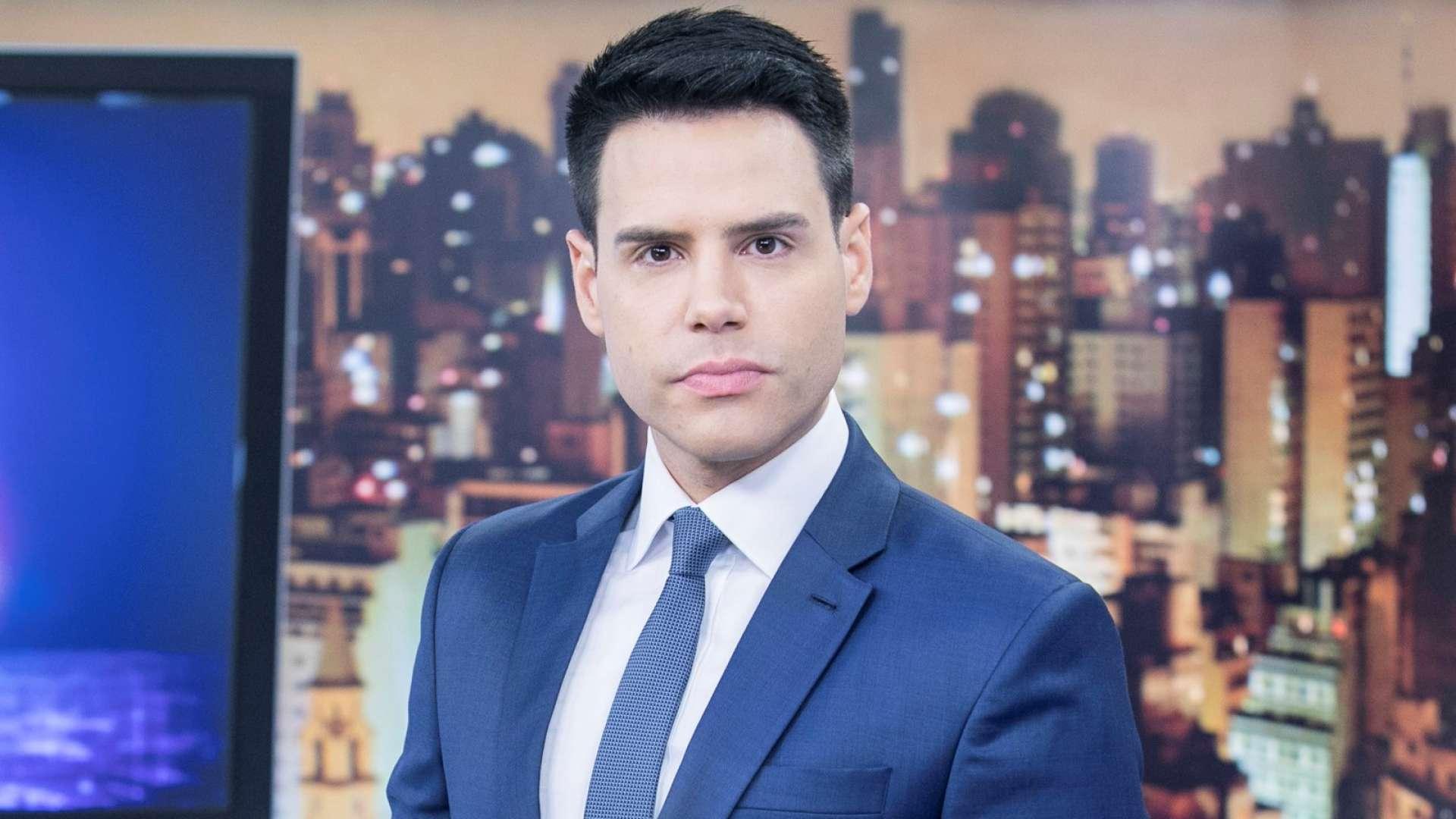 Luiz Bacci comanda o Cidade Alerta; jornalístico tem audiência recorde na Record (Foto: Edu Moraes/Record)