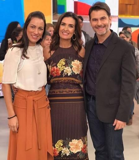 Fernando Gomes, a esposa e Fátima Bernardes (Foto: Reprodução)