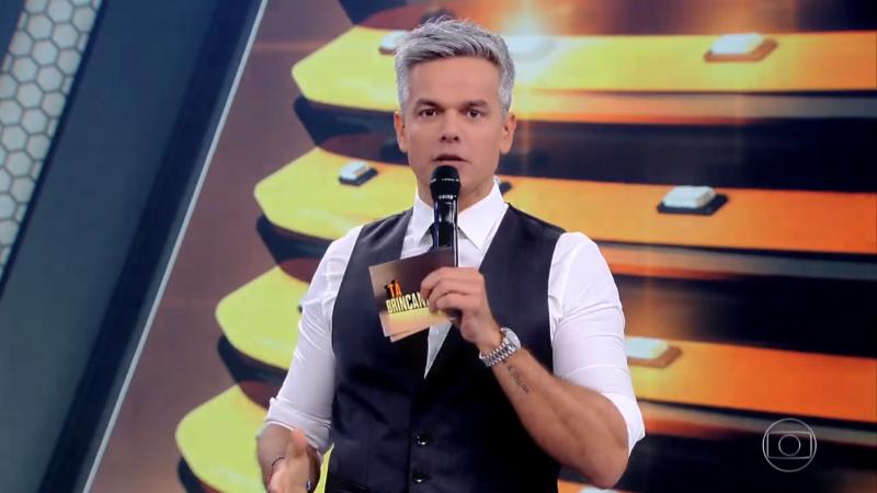 O apresentador Otaviano Costa na estreia do Tá Brincando (Foto: Reprodução/Globo)