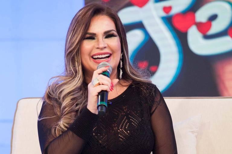 Solange Gomes, estrela da Banheira do Gugu, revela abuso na infância, aborto e sexo com grande nome da Globo Foto: Reprodução