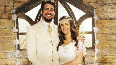Jesuíno (Cauã Reymond) e Açucena (Bianca Bin) em Cordel Encantado (Foto: Globo/João Miguel Júnior)