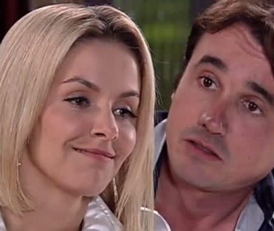 Bianca Rinaldi e Caio Junqueira na novela Ribeirão do Tempo (Foto: Reprodução/Record)