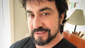 Padre Fabio de Melo abandou o Twitter e falou sobre depressão