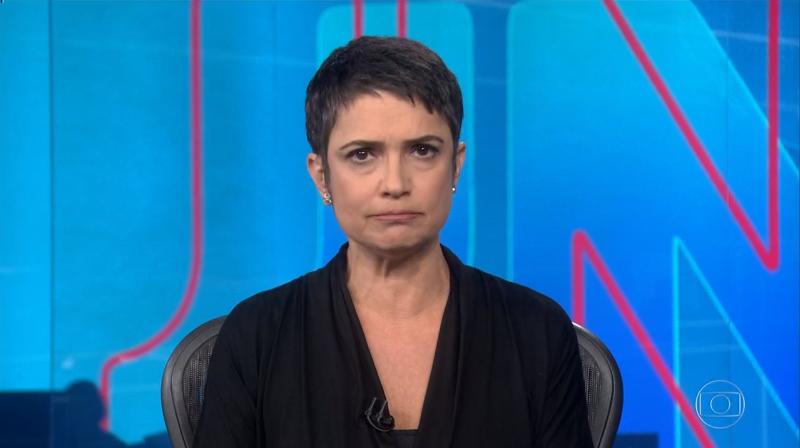 Sandra Annenberg no comando do Jornal Nacional (Foto: Reprodução/Globo)