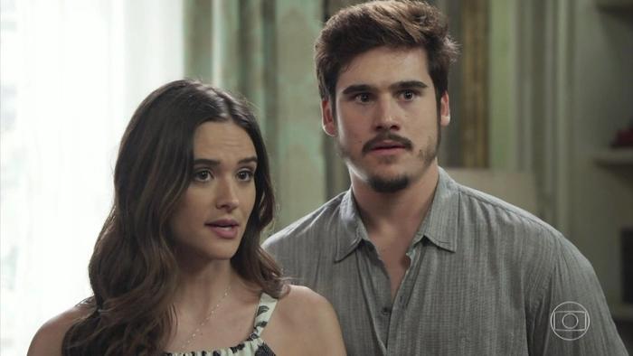 Juliana Paiva e Samuca Nicolas Prattes em novela da Globo a<br /> (Foto: Reprodução/Globo)