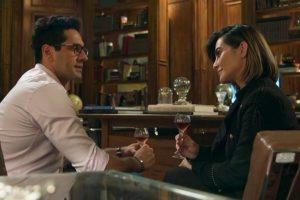 Lúcio e Betina em cena da novela O Tempo Não Para (Foto: Reprodução)