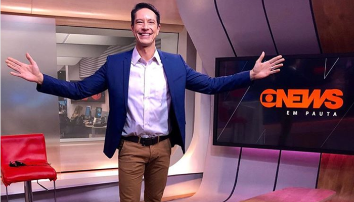 O apresentador Sergio Aguiar na Globo News (Foto: Reprodução/Instagram)