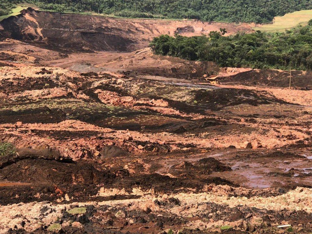 Barragem da mineradora Vale se rompe e atinge Brumadinho, em Minas Gerais (Foto: Divulgação)
