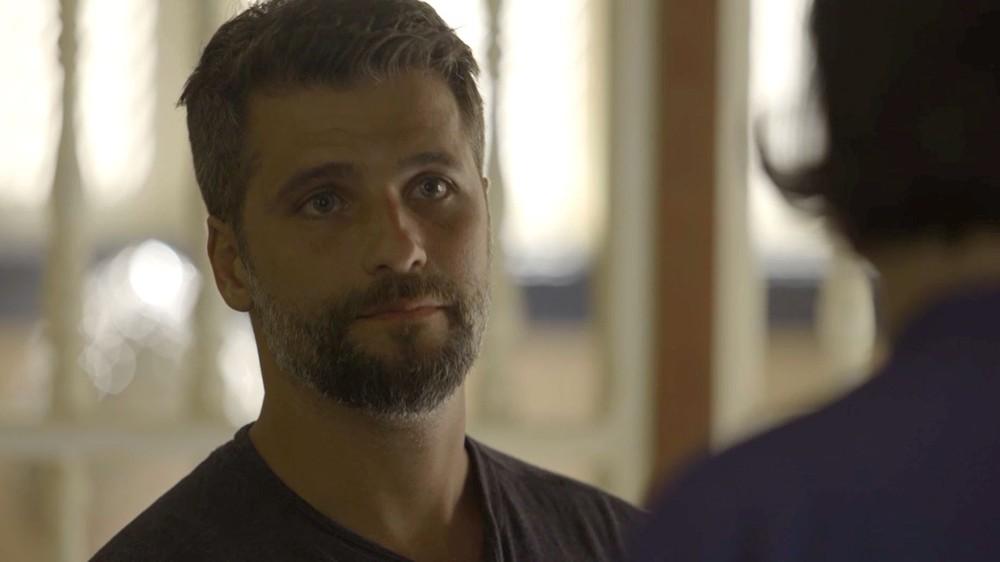 Gabriel em cena de O Sétimo Guardião (Foto: Reprodução)