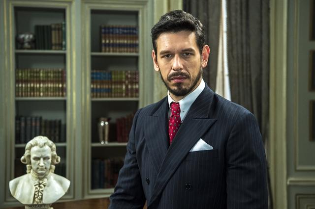 Gustavo Bruno (João Vicente de Castro) em Espelho da Vida (Foto: Globo/Estevam Avellar)