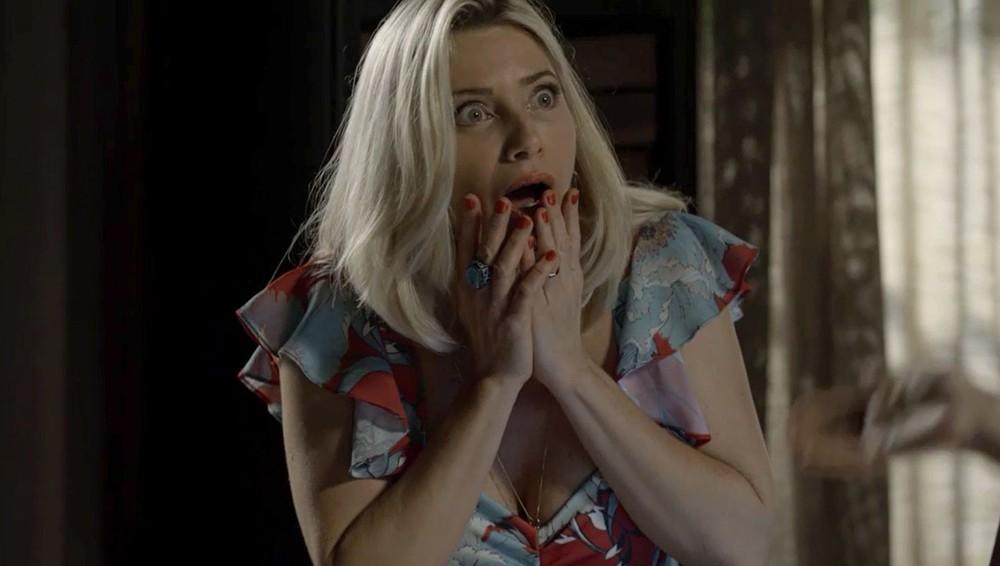 Marilda reage chocada (Foto: Reprodução)
