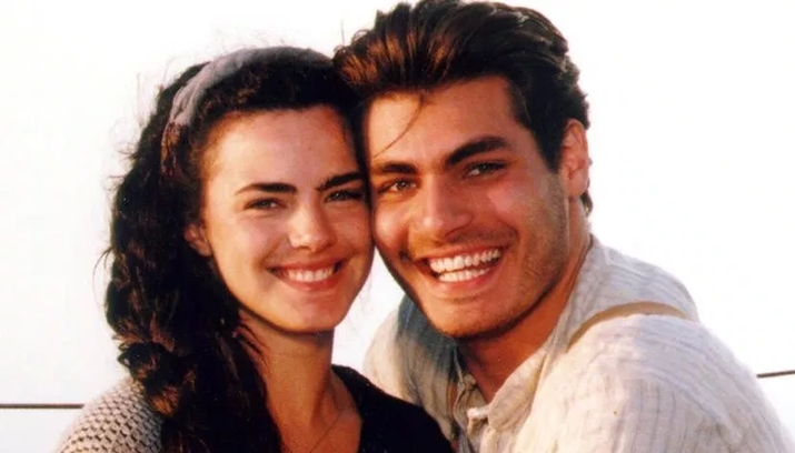 Ana Paula Arósio e Thiago Lacerda protagonizaram Terra Nostra na Globo. Fabíola Reipert criticou a postura da atriz. (Foto: Reprodução)