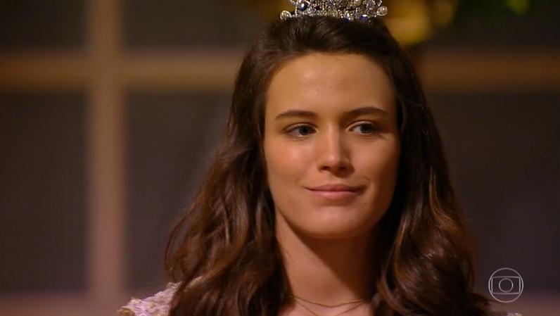 Açucena (Bianca Bin) em cena de Cordel Encantado (Foto: Reprodução/Globo)
