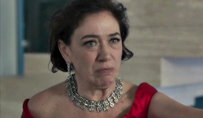 Valentina (Lilia Cabral) em O Sétimo Guardião da Globo (Foto: Reprodução)