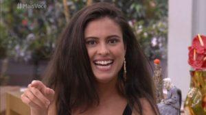 Hana ao vivo na Globo (Foto: Reprodução)