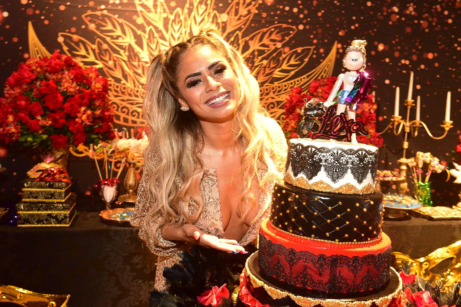 Lexa em sua festa de aniversário (Foto: AgNews)