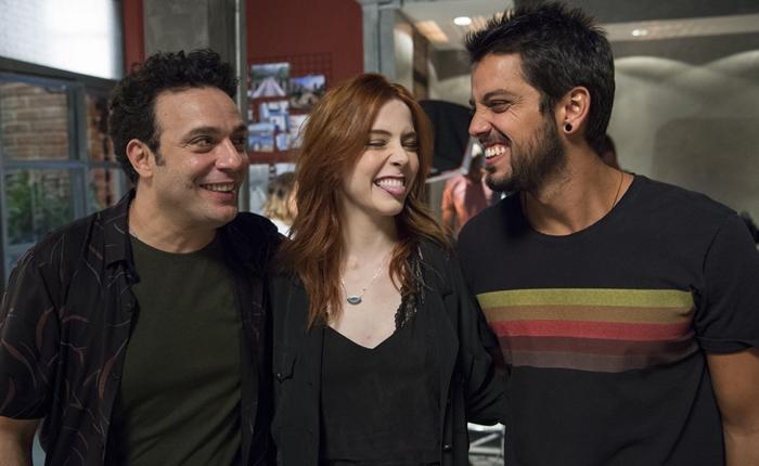 Abner (Marcelo Médici), Valéria (Bia Arantes) e Bruno (Rodrigo Simas) em Órfãos da Terra (Foto: Globo/Estevam Avellar)