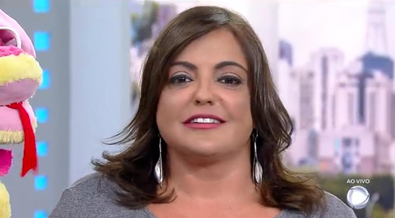 Fabíola Reipert passará um dia confinada na casa do reality A Fazenda (Foto: Reprodução/Record)