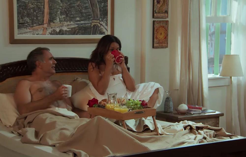 Janaína e Herculano em cena de Verão 90 (Foto: Reprodução)