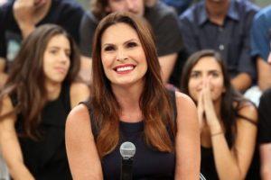 Laura Muller no Altas Horas da Globo (Foto: Divulgação)