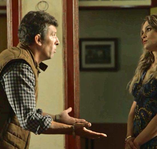 Machado e Rita de Cássia em cena da novela O Sétimo Guardião (Foto: Reprodução)
