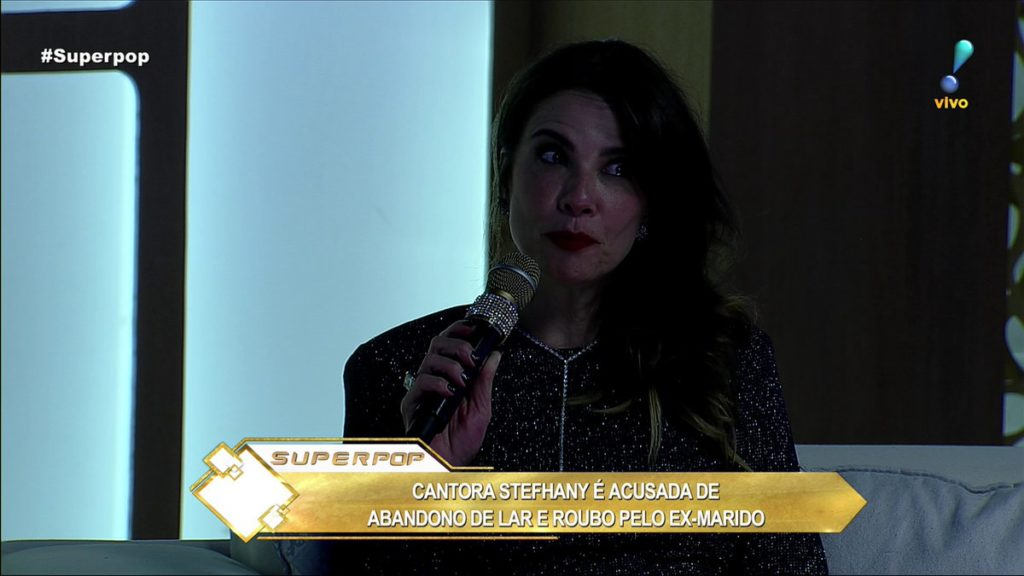 """SuperPop sofre """"apagão"""" ao vivo Luciana Gimenez (Foto: Reprodução)"""