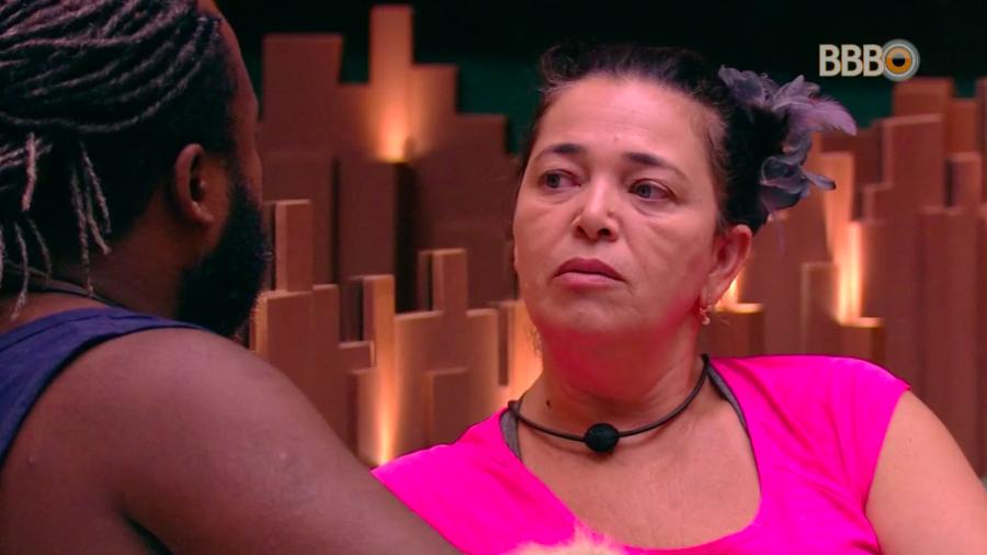 Tereza foi consolada por Rodrigo no BBB19 (Foto: GloboPlay)