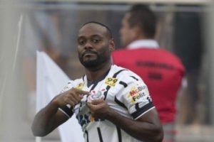 Vagner Love em jogo do Corinthians, que terá jogo da Sul-Americana transmitido pela RedeTV! (Foto:Agência Corinthians)