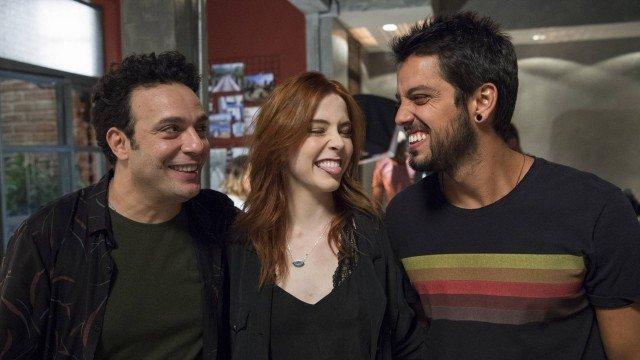 Abner (Marcelo Médici), Valéria (Bia Arantes) e Bruno (Rodrigo Simas), em Órfãos da Terra (Foto: Estevam Avellar/ Globo/ Divulgação)