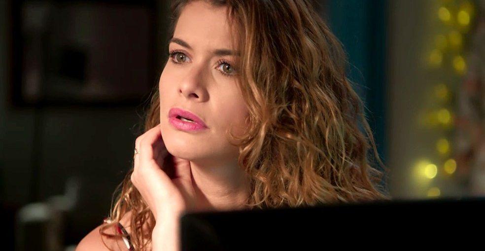 Izabel (Alinne Moraes) terá suas armações reveladas em Espelho da Vida, novela das seis da Globo. (Foto: Reprodução)
