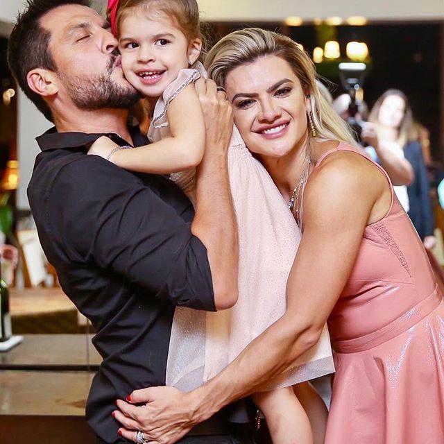 Mirella Santos em família (Foto: reprodução)
