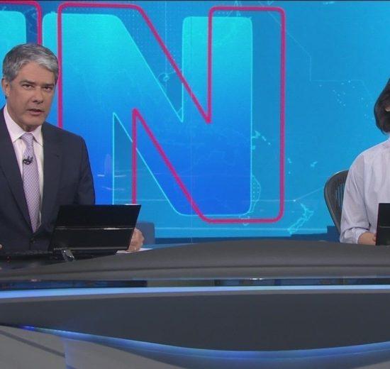 William Bonner e Renata Vasconcelos na bancada do Jornal Nacional da Globo (Foto: Reprodução)