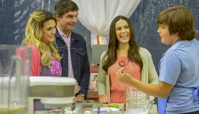 Beca Milano, Olivier Anquier e Nadja Haddad no Júnior Bake Off Brasil (Foto: Zé Paulo Cardeal/SBT)