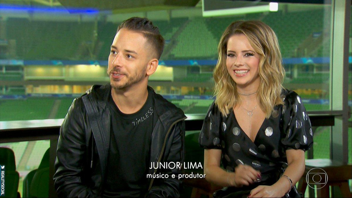 Sandy e Junior durante entrevista concedida ao Fantástico (Foto: Reprodução/Globo)