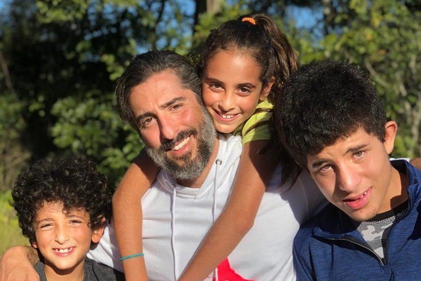 Marcos Mion com os três filhos: Romeo, Donatella e Stefano (Foto: Reprodução/Instagram)