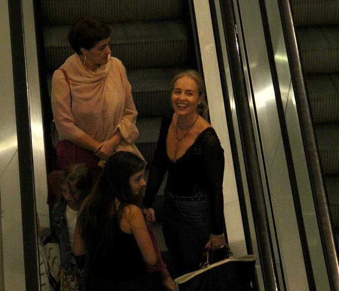 Angélica e a filha caçula, Eva (Foto: J.Humberto/AgNews)