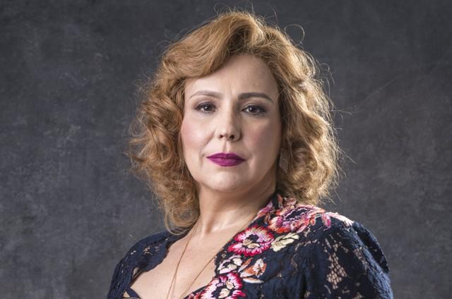 Ana Beatriz Nogueira em O Sétimo Guardião (Foto: Divulgação)