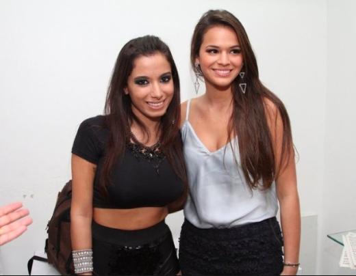Bruna Marquezine e Anitta há alguns anos (Foto: Reprodução)