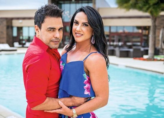 Graciele Lacerda e Zezé Di Camargo fazem planos para o casamento (Foto: Reprodução)