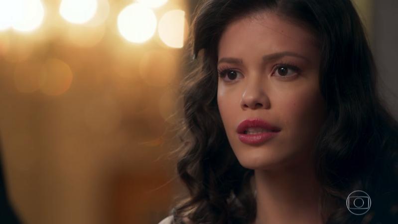 Vitoria Strada (Cris/Júlia) em cena de Espelho da Vida (Foto: Reprodução/Globo)