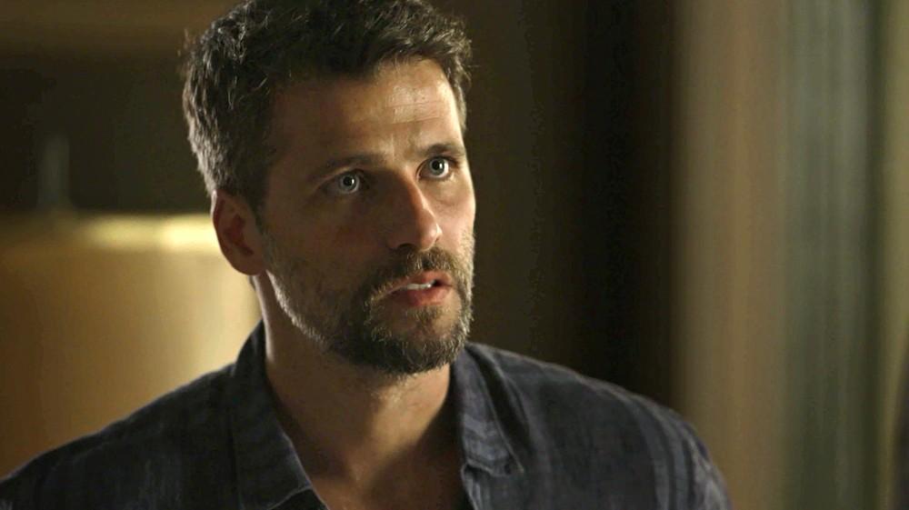Gabriel (Bruno Gagliasso) em cena da novela das 21h, O Sétimo Guardião (Foto: Reprodução)